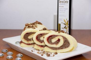 Piškotová-roláda-s-čokoladovým-pudingom